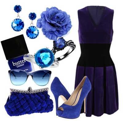 с чем носить платье из синего бархата