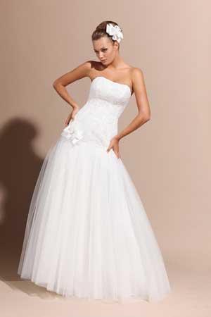 фото свадебных платьев с заниженной талией