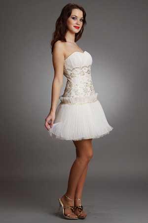 короткое свадебное платье с низкой талией