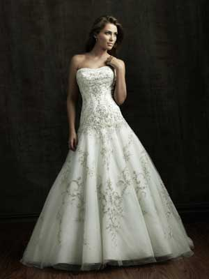 заниженная талия на длинном свадебном платье