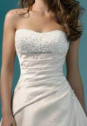 свадебное платье с жемчужным корсетом