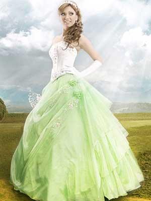 зеленое свадебное платье с белым корсетом