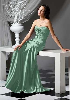 зеленое свадебное платье изумрудного оттенка